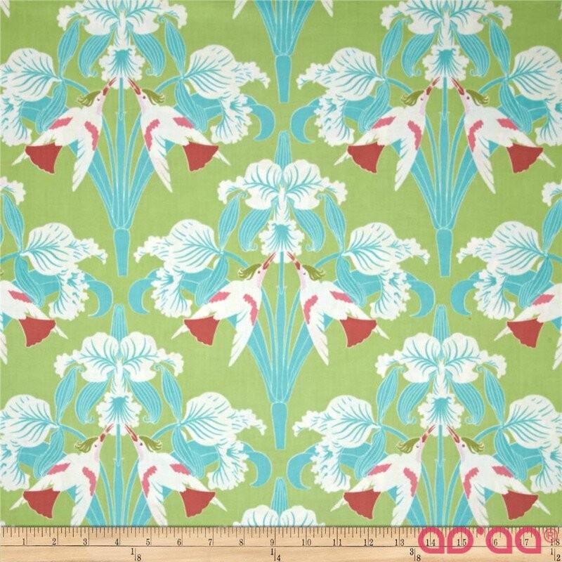 Tecido de Algodão Tanya Whelan Com Pássaros e Flores em Fundo Verde