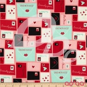 Tecido de Algodão Moda com Cartas e Lábios Kiss Kiss Love Amor Namorados Corações em Vermelho, Azul, Preto, Branco e Rosa